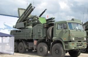96K6_Pantsir-S1_air_defence_gun_missiles_system_n_wheeled_chassis_01
