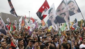 mani-kurdos-Estambul-2015