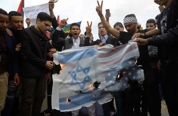 dia-de-la-ira-y-de-la-diplomacia-en-torno-al-estatuto-de-jerusalen-589431