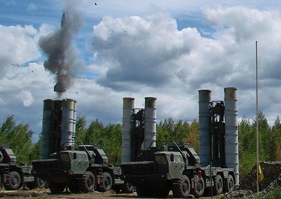 S-300-Foto-Ministerio-de-Defensa-de-Rusia-CC-BY-SA-4.0